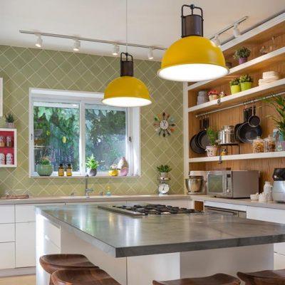שינוי מקצה לקצה: בית פרטי שעבר מהפך צבעוני